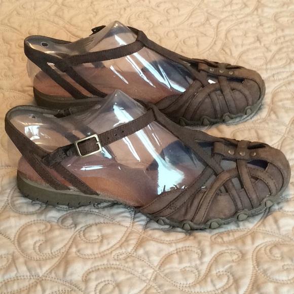 Skechers Leather Sandals. M 5a95c81d8df47056654bc2e3 a09f62076